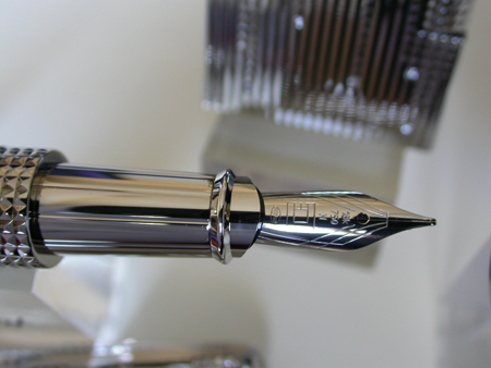 Diamond Drop 2005 Fountain Pen
