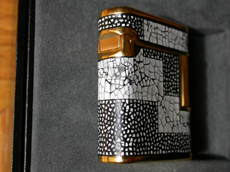 Maki-E Eggshell Art Deco Lighter
